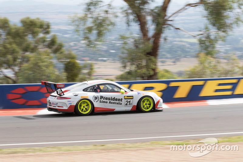 36. #21 Steve Richards Motorsport, Porsche GT3 Cup