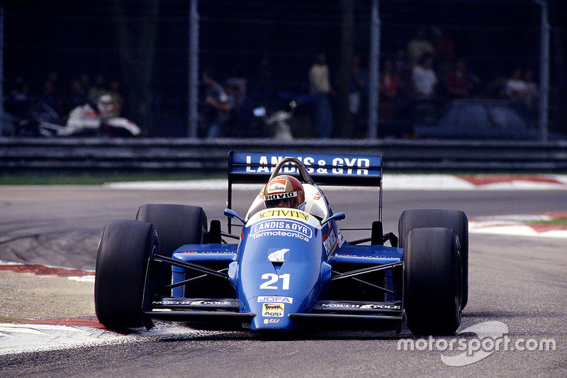 #21: Alex Caffi, Osella FA1I, Alfa Romeo