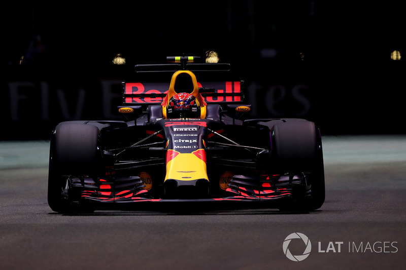 Aston Martin Red Bull Racing (Renault)