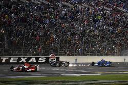 Josef Newgarden, Team Penske Chevrolet crash