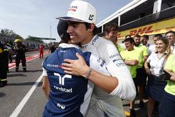 Felipe Massa, Williams, congratulates Lance Stroll, Williams, on his first points