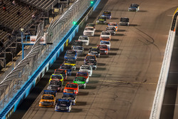 William Byron, Kyle Busch Motorsports Toyota leads a restart