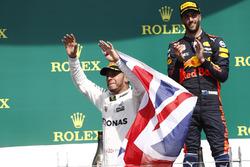 Podyum: Yarış galibi Lewis Hamilton, Mercedes AMG F1, 3. Daniel Ricciardo, Red Bull Racing