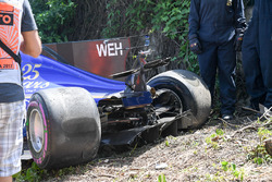 Pascal Wehrlein, Sauber C36, danni
