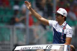 Lance Stroll, Williams, en el desfile de pilotos