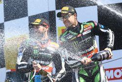 Podium: race winner Jonathan Rea, Kawasaki Racing, second place Tom Sykes, Kawasaki Racing