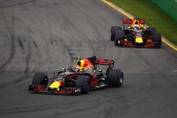 Макс Ферстаппен, Red Bull Racing RB13, Даніель Ріккардо, Red Bull Racing RB13