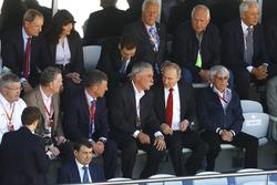 Ross Brawn, FOM, Sean Bratches, Medvedev, Chase Carey, Chairman, Presidente, Vladimir Putin y Bernie