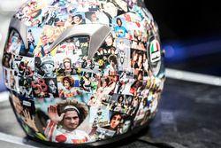 Il casco di un tifoso