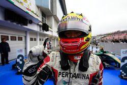 Pemenang balapan, Rio Haryanto