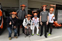 McLaren fans and hats with Mark Temple, McLaren Race Engineer