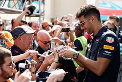 Daniel Ricciardo, Red Bull Racing avec des fans