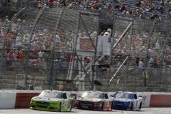 Joey Logano, Team Penske Ford, Ty Dillon, Richard Childress Racing Chevrolet