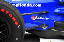 Takuma Sato, Andretti Autosport Honda in victory lane, with you Japan