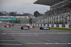 F1デモレースのスタートシーン