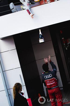 Champgne battle for a Audi Sport Team Rosberg member