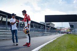 Formel-1-Pilot Felipe Massa, Williams; Charles Leclerc, ART Grand Prix