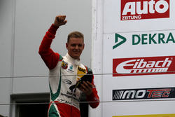 Podium: Mick Schumacher, Prema Powerteam