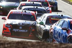 Garth Tander, Holden Racing Team crash