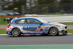 #600 Sam Tordoff, Team JCT600 with GardX, BMW 125i Msport
