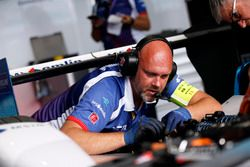 Mechanic Amlin Andretti Formula E Team