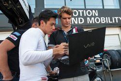 Guanyu Zhou, Motopark Dallara F312 - Volkswagen, Tom Dillmann,