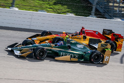 Josef Newgarden, Ed Carpenter Racing, Chevrolet; Ryan Hunter-Reay, Andretti Autosport, Honda