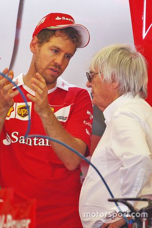 Sebastian Vettel, Ferrari, avec Bernie Ecclestone