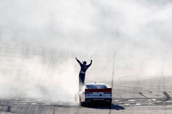 Race winner Elliott Sadler, JR Motorsports Chevrolet