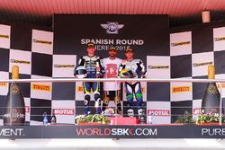 Podium : le vainqueur Kenan Sofuoglu, Puccetti Racing, le deuxième, Niki Tuuli, Kallio Racing, le troisième, Kyle Smith, CIA Landlord Insurance Honda