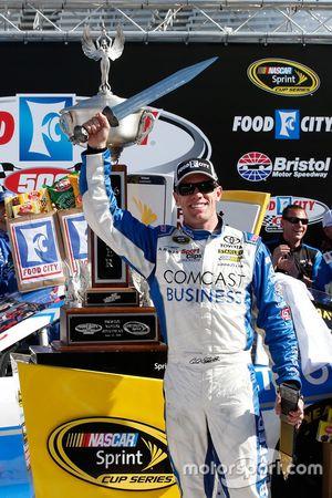Sieger Carl Edwards, Joe Gibbs Racing Toyota
