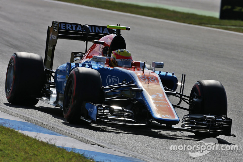 19. Rio Haryanto, Manor Racing MRT05