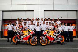Photo de groupe pour le Repsol Honda Team
