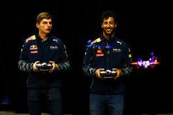 Daniel Ricciardo, Red Bull Racing y Max Verstappen, Red Bull Racing carrera de drones