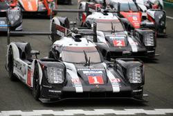 #1 Porsche Team Porsche 919 Hybrid і #2 Porsche Team Porsche 919 Hybrid