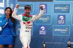 Подиум: третье место - Тьягу Монтейру, Honda Racing Team JAS, Honda Civic WTCC