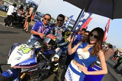 Anucha Nakcharoensri with grid girl