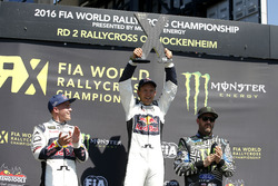 Podium: Winnaar Mattias Ekström, EKS RX; 2e plaats Toomas Heikkinen, EKS RX; 3e plaats Ken Block, Ho