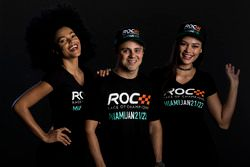 Felipe Massa con le ROC girls