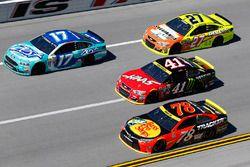 Ricky Stenhouse Jr., Roush Fenway Racing Ford, Martin Truex Jr., Furniture Row Racing Toyota, Kurt B
