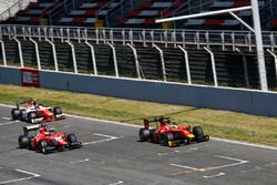 Norman Nato, Racing Engineering, leads Jimmy Eriksson, Arden International & Daniel de Jong, MP Motorsport