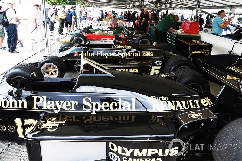Des anciennes F1 de Lotus