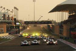 Arrancada #1 Porsche Team Porsche 919 Hybrid: Neel Jani, Andre Lotterer, Nick Tandy leads from #7 To