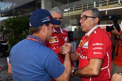 Rubens Barrichello, Maurizio Arrivabene, director Ferrari Team