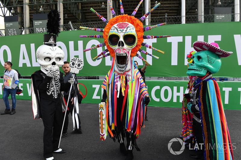 Disfraces de Día de Muertos