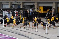 Renault Sport F1 Team mechanics warm up excercises
