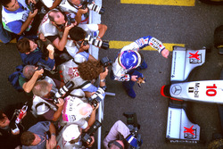 Jacques Villeneuve, Williams celebrates