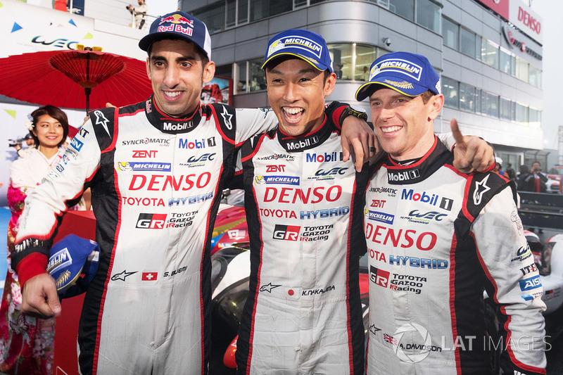 Los ganadores #8 Toyota Gazoo Racing Toyota TS050 Hybrid: Anthony Davidson, Sébastien Buemi, Kazuki Nakajima