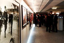 Imágenes de LAT, Sutton Images y Rainer Schlegelmilch en exhibición