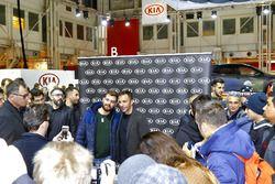 Alessandro Del Piero allo stand Kia